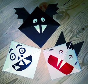 Halloween Origami bookmark corner