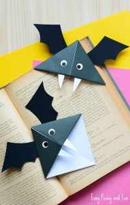 Halloween bat corner bookmark